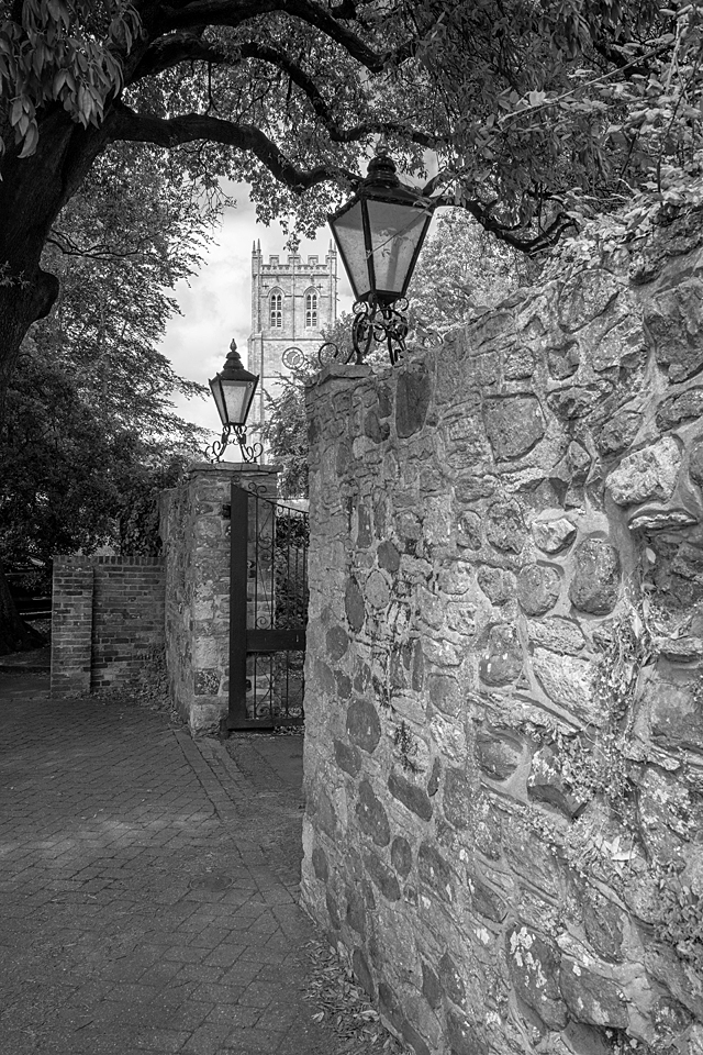 Priory between the lamps