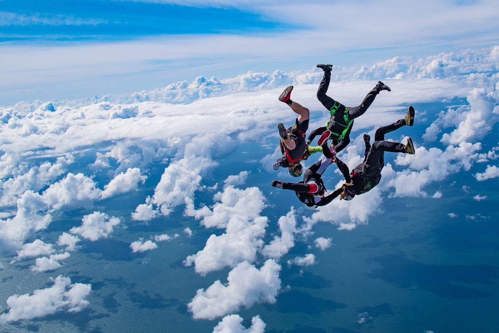 Let´s Skydive