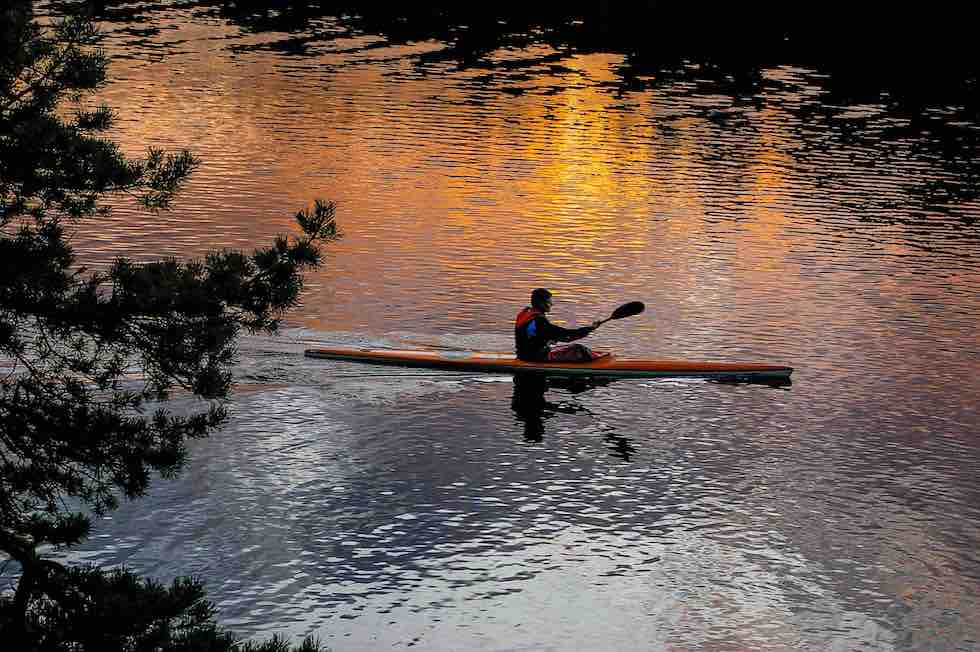Late canoing