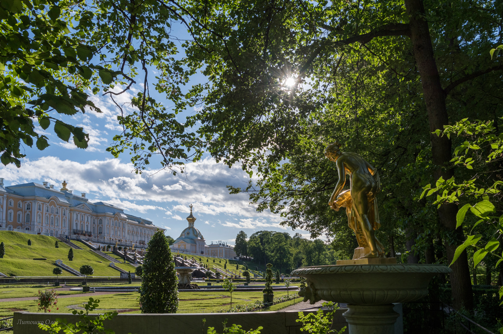 Peterhof. Lower park.